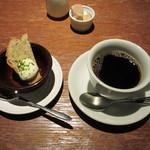 ハタケ青山 - コーヒー