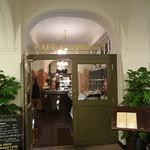 カフェドゥラプレス - 新聞記者たちのカフェに