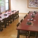 味喰笑 - 宴会専用ちゃんこ場:1階テーブル席。40~50名様可能