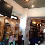 cafe+元気食堂 おまもり - 店内です