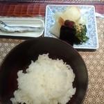 よし乃 - 日本一のめざしと御飯