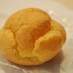 シロヤベーカリー - シュークリーム