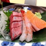 村上館 湯伝 - 料理写真:夕食(刺盛り)