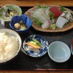 磯や - 朝どれ刺身定食:1200円