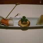 旬彩割烹 あうん - 料理写真:洋ナシと鴨のカナッペ、カブにサーモンを巻いて