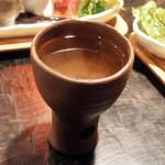 Umui - ちょいのみset(1300円)の白ワイン