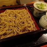 五郎作 - ざるそば 800円。山葵もバカでかくて麺も本格的