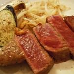 串かつ おざき - 焼き野菜と黒毛和牛ステーキ(*^▼^*)ノ♪
