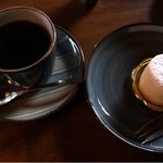 五十鈴川カフェ - チーズケーキとコーヒー