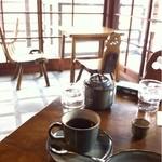 五十鈴川カフェ - 喫煙席がいちばんかわいかったかも。