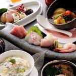四季肴酒 なにわ割烹 たく庵 - その日の仕入れで変わるおまかせコース。
