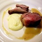 16527865 - ニュージーランド産 仔羊背肉の30分焼き