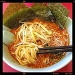 山岡家 - 料理写真:中辛味噌ネギラーメン¥790、殆ど辛くないので、辛さが欲しいなら劇辛ですね(ーー;)