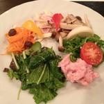 Anzeroan - 野菜中心の前菜7品盛り合わせ