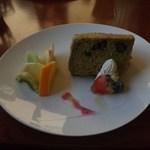 16532116 - デザートのケーキ