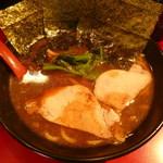 濱家 - ラーメン並 650円