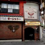 16537972 - 中央町商店街の一番東側のほうにあります