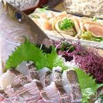 凪 - 旬の魚貝刺身各種