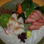 旬味亭 満 - ブリとホッケの刺身