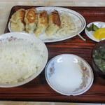 16542696 - 餃子定食:4個