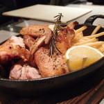 パッパーレ・ヴィーノ - 若鶏のストーブロースト半身 990円