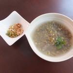 シーシャカフェ カンノーク - 杏仁豆乳、緑豆しるこなど、ヘルシーなデザート