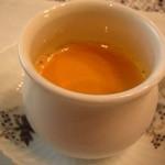 横濱元町 霧笛楼 - 海老のスープ