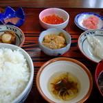 かもめ食堂 - ごんべえ定食:1,500円