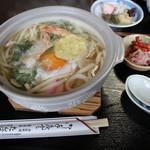 たんば茶屋 - 鍋焼きうどん(900円)