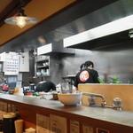 麺や 阿闍梨 - 厨房