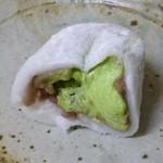 京都宇治 森半 - 2012.12 抹茶の方です割って見ました、、たっぷりな抹茶!