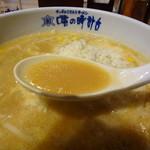味の時計台 - 雪のチーズラーメンスープアップ