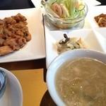 16558477 - 日替わり鶏肉とカシューナッツ炒め