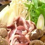 """凪 - 【限定こだわり鍋】そば屋の出汁でとった""""独特のお出汁"""" とそばの""""かえし""""を使ったお鍋は好評を頂いております。鴨鍋、ハリハリ鍋、寄せ鍋からお選び下さい。"""