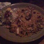 轆轤 - 料理写真:きのこと海の幸のパスタ