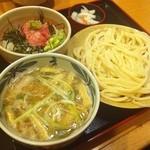 久兵衛屋 - 『つけ汁 ミニまぐろたたき丼定食(うどん小盛り)』汁は塩肉汁♪