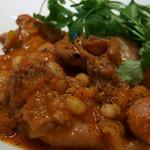 イノーヴェ - 4)岐阜産豚内臓の煮込み ポルトガル風