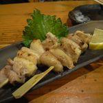太助 - 鶏皮焼き[150円×2本]