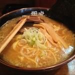 麺屋秀虎 - 醤油ラーメン