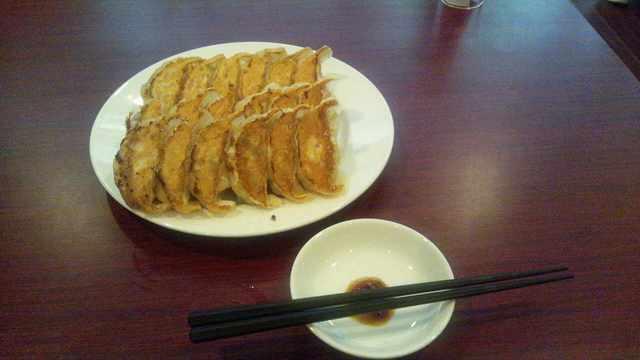 餃子の郷 神田店 - 餃子3人前で300円!当時餃子1人前100円セールを行なっていました