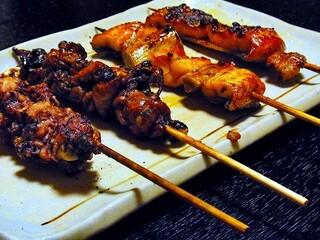 味治 - 鰻串焼き一通り¥1100