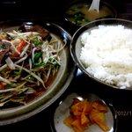 NAGAZUYA - レバニラ炒め定食!(2012,12/27)