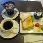セピアコーヒー - 和風ピリ辛のりサンドセット