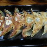 餃子のあひる - 料理写真:焼き餃子