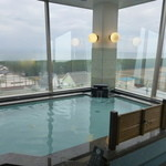 ホテル飛鳥 - 佐渡島が見える、大浴場