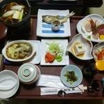 仙庄館 - 料理写真:2012.12 1泊2食8550円のお得プランの夕食(上から)