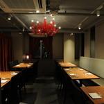 百菜百味 - エリアに分かれた宴会席。豊富なエリアシーンで人数に合わせてご案内できます。
