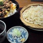 乃家 - 日替りメニュー・鶏そぼろのビビンバ丼