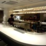 百菜百味 - 【ディナー初回訪問】  バーカウンターがあります。