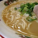 天下一品 - スープはこんな感じ